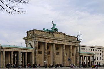 Brandenburger Tor Vom Tiergarten von Christiane Schulze