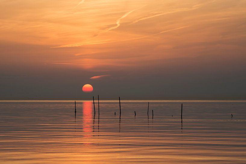 Warmer Sonnenuntergang von Raoul Baart