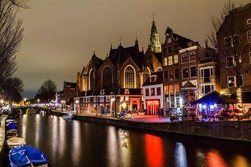 Oude Kerk te Amsterdam van Claudia Kool Kool