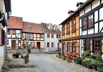 mittelalterliche Gebäude auf dem Münzenberg in Quedlinburg von Heiko Kueverling