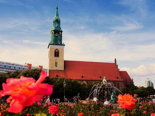 Berlin – St. Mary's Church / Neptune Fountain van Alexander Voss
