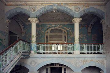 Urbex - Balkon von Angelique Brunas