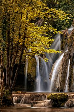 La cascade des tufs aux planches pres d'arbois. sur Lars van de Goor