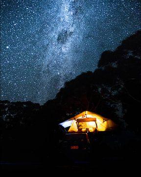 Camperen onder de Melkweg van Duane Wemmers