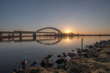Zonsopkomst spoorbrug Culemborg van Moetwil en van Dijk - Fotografie