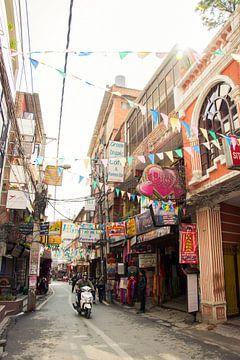 The streets of Kathmandu von Froukje Wilming