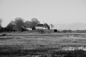 Schokland, een eiland in de polder(zwart-wit) van Gerard de Zwaan