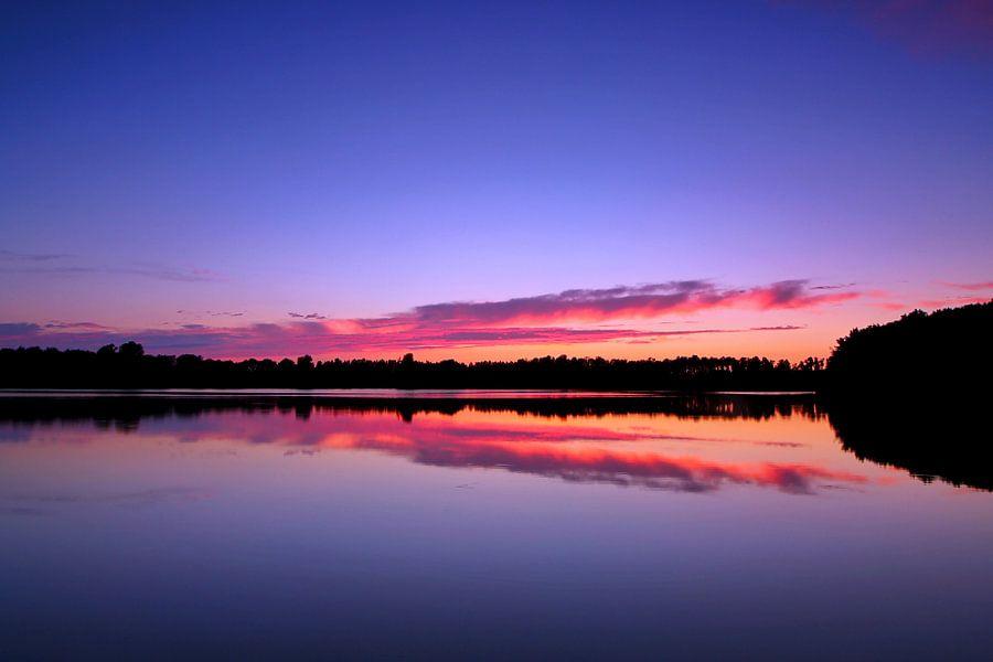 Sunset at Casteleynsplas van Peter Abbes