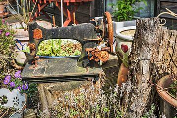 Alte Nähmaschine von Gunter Kirsch
