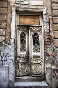 Die alte Tür von Dick Carlier