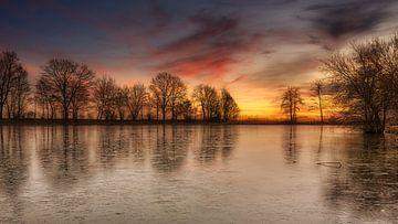 Sonnenaufgang nach einer frostigen Nacht von Marita Autering