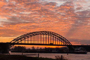Waalbrug Nijmegen van Wouter Cornelissen