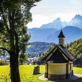 Kapelle der Seligpreisungen und Watzmann von Frank Herrmann