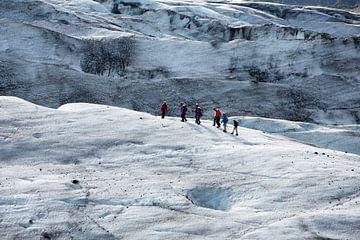 Wandelen op de gletsjer Vatnajokull van Menno Schaefer