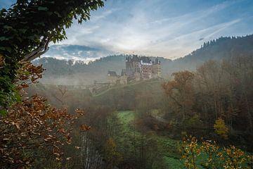 Burg Eltz van Marco de Graaff