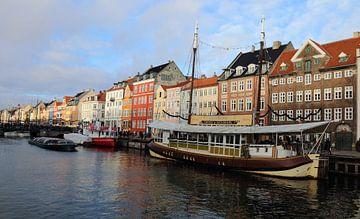 Nyhavn Kopenhagen van Raymond Hendriks