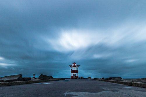 Schitterend Hollands natuurschoon, panoramisch zeeaanzicht en havenhoofd Scheveningen. van Original Mostert Photography