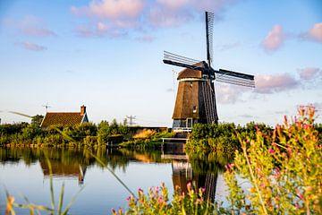 Die Mühle von Twiske bei Sonnenaufgang von Michael Ter horst