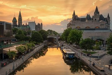 Ottawa, Canada, zonsondergang van Martin Podt