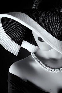 La femme au chapeau, Ruslan Bolgov (Ax) von 1x
