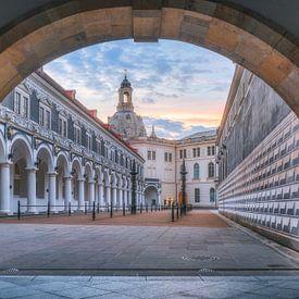 Stallhof (Résidence Palace Dresden) van Dirk Wiemer