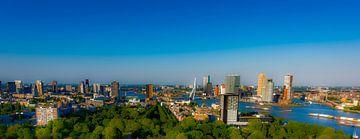 Skyline Rotterdam bleu van