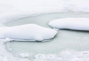 Minimalistisch winterlandschap van Frank Herrmann