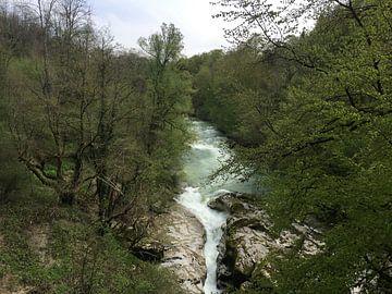 Gorges du Fier von Veli Aydin