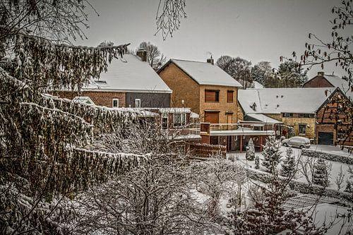 Winter in de Sint Nicolaasstraat in Simpelveld