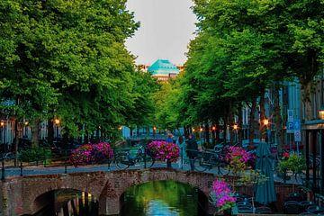 Gracht aan de Hooikade in Den Haag van Scarlett van Kakerken