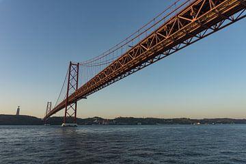 Ponte 25 de Abril, Lissabon von Niels Maljaars