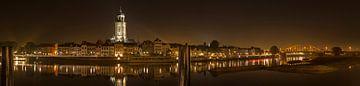Deventer bei Nacht von Tom Smit