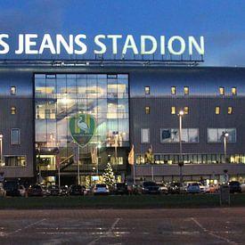 Cars Jeans stadion van ADO Den Haag in de avond van André Muller