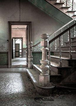 Trap in een verlaten landhuis sur Olivier Van Cauwelaert