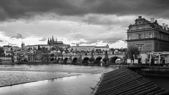 Old Prague van Scott McQuaide