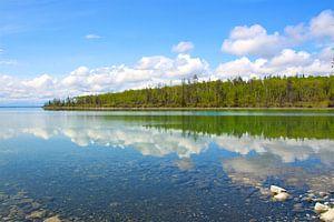 Spiegelbeeld in het meer van Sabine De Gaspari