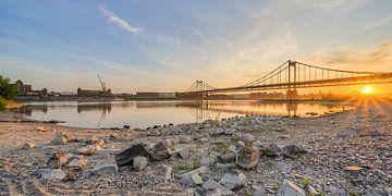 Krefeld-Uerdinger Brücke von Michael Valjak