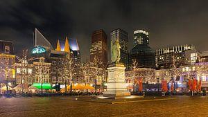 Winteravond op het Plein in het centrum van Den Haag