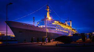 SS Rotterdam blue hour