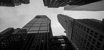 chryslerbuilding New York tussen de wolkenkrabbers van