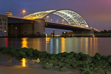 Nuit photo Brienenoordbrug Rotterdam sur Anton de Zeeuw