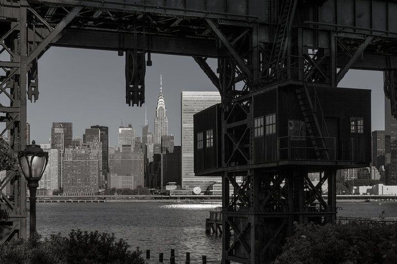 Alte Hafenanlage in New York van Kurt Krause