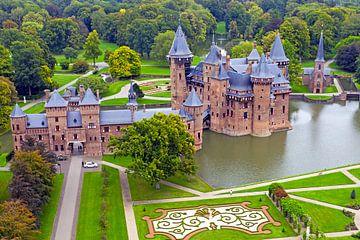 Luftaufnahme von Schloss De Haar in Haarzuilens von Nisangha Masselink