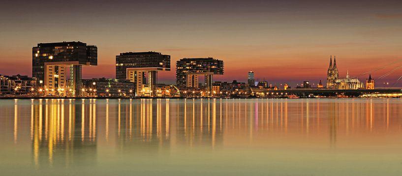 Le ciel de Cologne au coucher du soleil sur Frank Herrmann