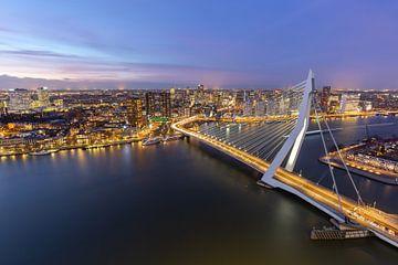 Erasmusbrücke am Abend von Prachtig Rotterdam