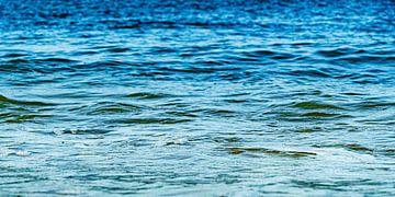 Nordsee in blau-grünen Schattierungen von MICHEL WETTSTEIN