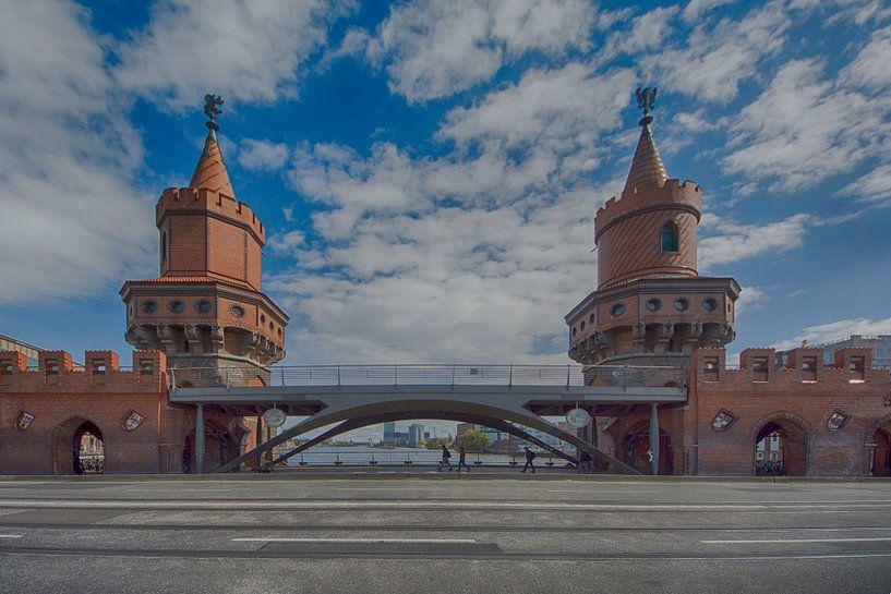 Oberbaumbruecke Berlin  van Foto Amsterdam / Peter Bartelings