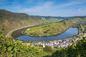 Bremm sur la Moselle sur Ilya Korzelius