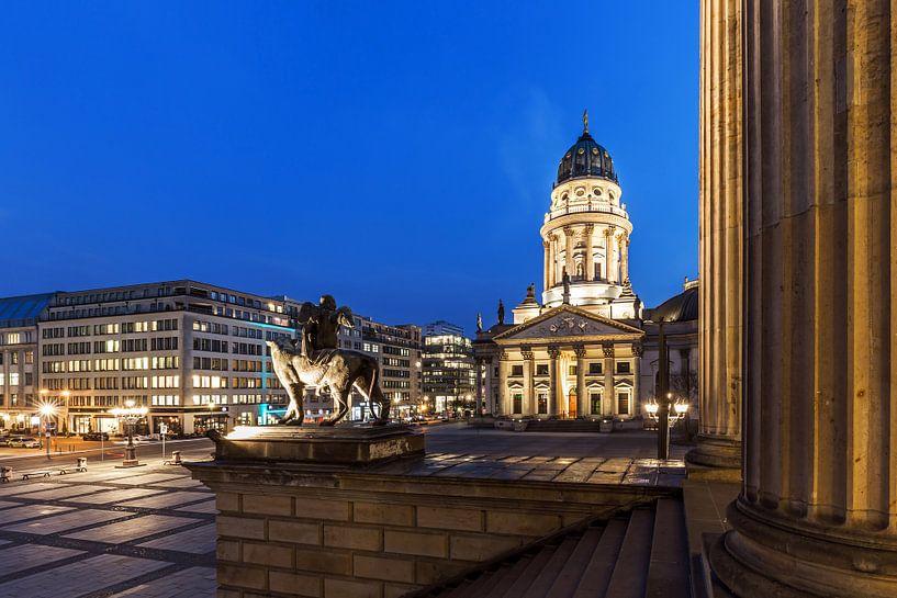 Berlin Gendarmenmarkt - Cathédrale et sculpture allemandes sur Frank Herrmann