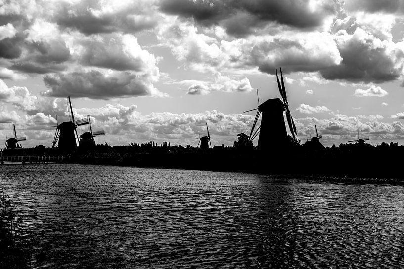 Windmolens aan de Kinderdijk van Brian Morgan